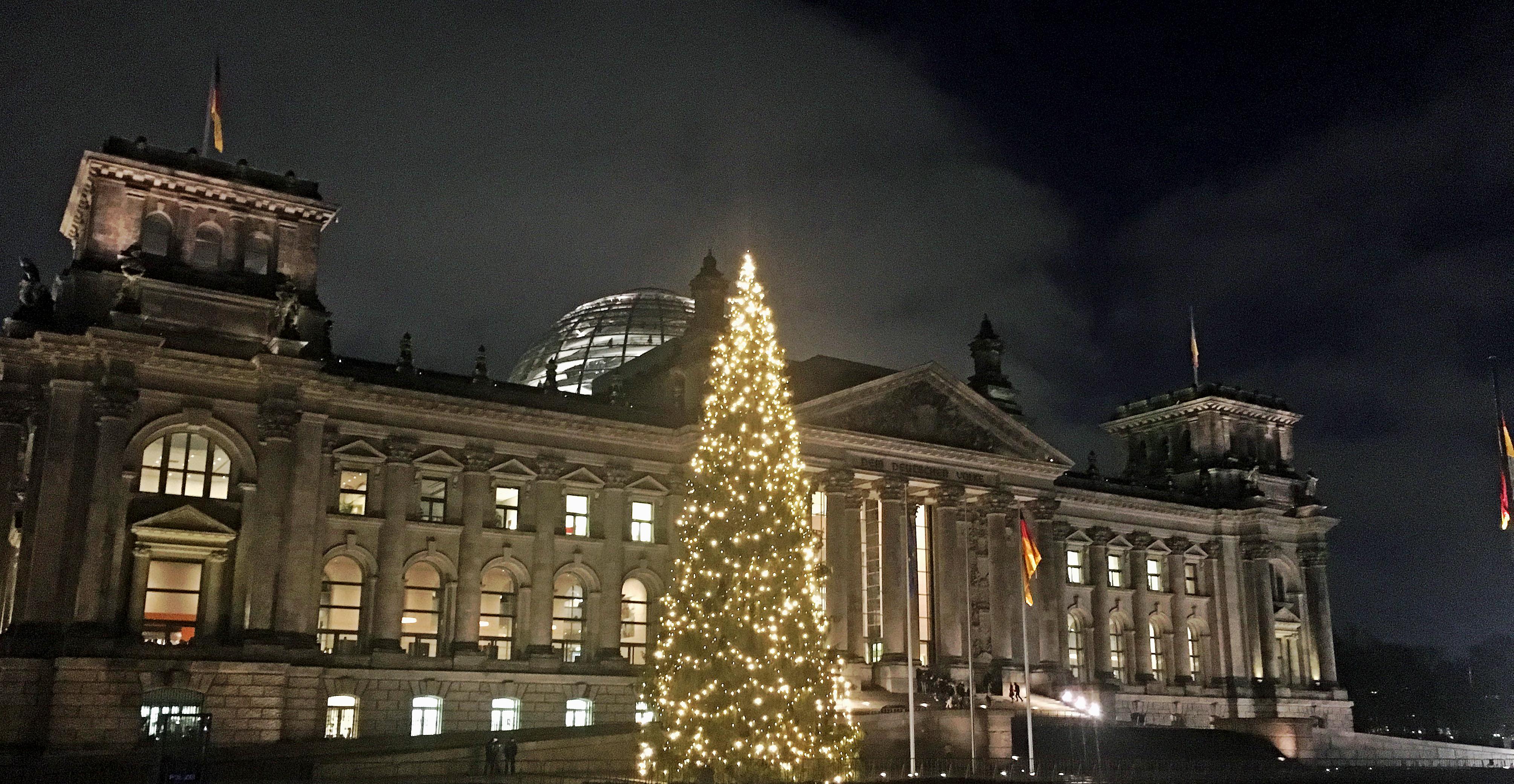 Frohe Weihnachten und ein Gutes neues Jahr! | Wilfried Oellers