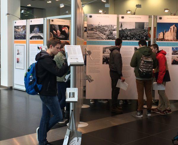Wanderausstellung des Deutschen Bundestages (Foto: Büro Oellers MdB)